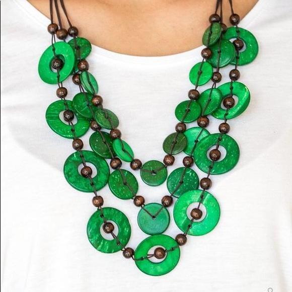 Paparazzi Catalina Coastin Green Necklace